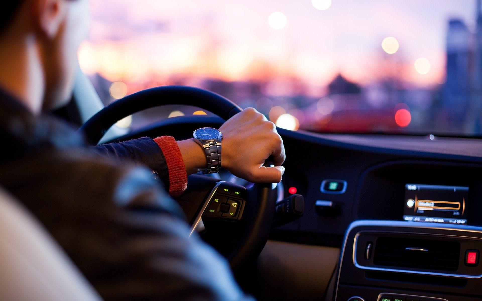 immatricolazioni, rinnovo patente, trapasso, bollo auto e moto, visure